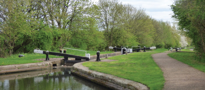 Perry Barr Locks - Tame Valley Canal by Elliott Brown https://www.flickr.com/photos/ell-r-brown/40764837355